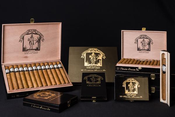 Cajas de Tabaco Premium Julio elaborado a mano en La Palma