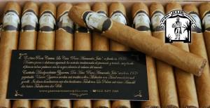 Puros Artesanos Julio Premium Connecticut · Tabaco hecho a mano en La Palma · Canarias · Puro Arte Palmero