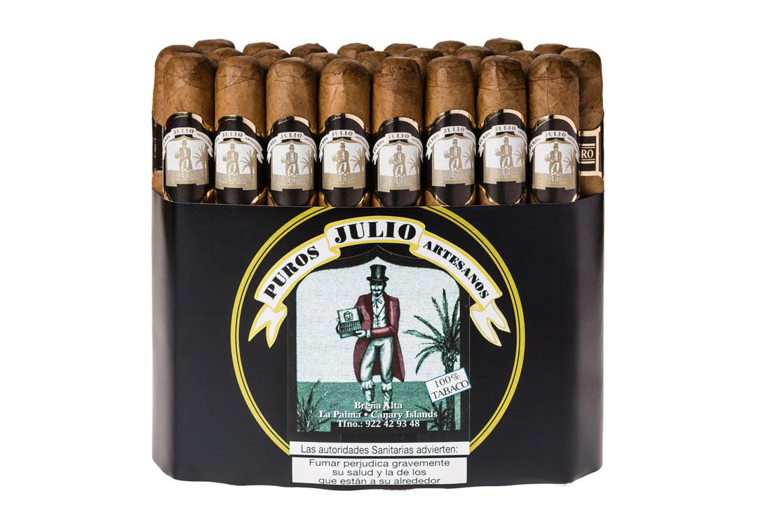 TABLETA DE 25 CORONAS - Puros Palmeros Artesanos Julio · Tabaco hecho a mano en Breña Alta · La Palma · Canarias #TiendaOnLine de #purospalmeros #premium Auténtico #tabaco de #LaPalma #puropalmero #islascanarias