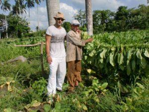 PUROS ARTESANOS JULIO. ANIVERSARIO DE NUESTRA VISITA A CUBA.